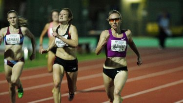 Tamsyn Manou, right, competing at the Ironbark Vineyards Women's 400m event in 2012.