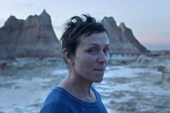 Frances McDormand in Oscar fave, Nomadland.
