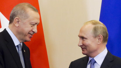Turkey, Russia seal deal to patrol Syrian border, oust Kurds