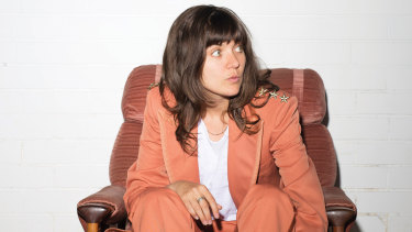Courtney Barnett is joining Paul Kelly on his Making Gravy Christmas tour.