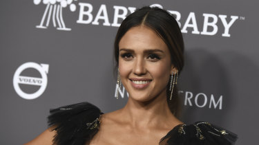 Jessica Alba, no stranger to glowing skin.