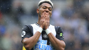 Newcastle United's Joelinton rues a missed chance.