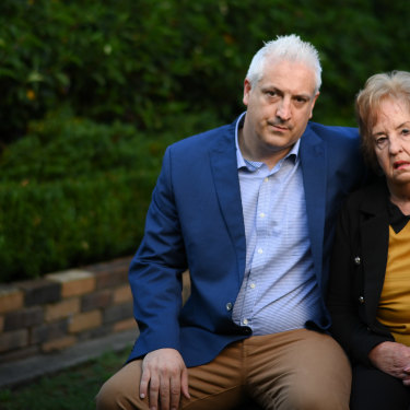 Robert and Eileen Richards.