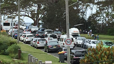 Traffic bedlam in Hyams Beach in December 2017.