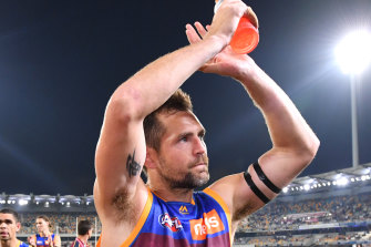 Luke Hodge leaves the field for the last time as an AFL player.
