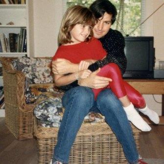 Lisa with Steve in 1987 at her mum Chrisann Brennan's house.