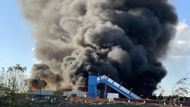 Knox transfer station goes up in flames again.