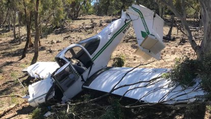 Small plane crashes north of Bungendore, pilot receives minor injuries