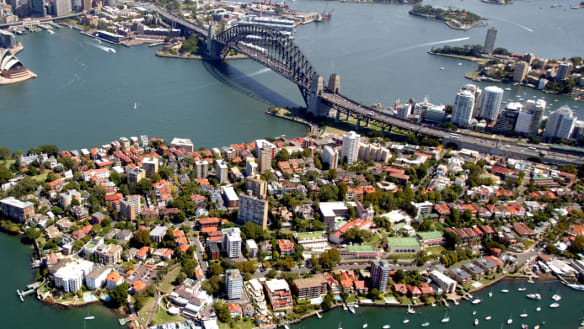 Population growth fuelled by migrants, 'putting even more pressure' on parts of Sydney