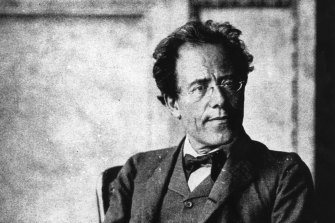 The early work gives a fascinating insight into Mahler's development as a composer.