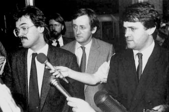 Malcolm Turnbull with (from left) writer Paul Greengrass, publisher Sandy Grant (obscured) and solicitor David Hooper at the Spycatcher trial.