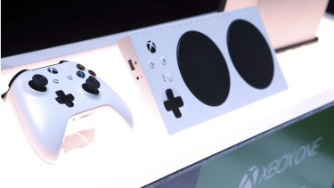 The Xbox adaptive controller features two big pressure sensitive buttons and inputs that support a large range of accessibility devices.