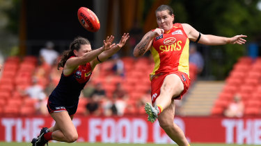Gold Coast Suns player Sarah Perkins shows off her clean foot skills in the opening round.