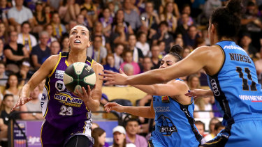 Eyes on the prize: Maddie Garrick was among the standouts for the Melbourne Boomers as they levelled the semi-final play-off series.