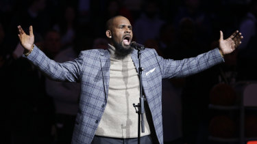 R. Kelly has announced his first ever tour of Australia.