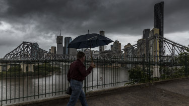 There is an increased chance of a thunderstorm hitting Brisbane on Sunday.