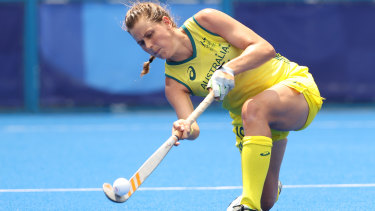 Madison Mae Fitzpatrick of the Hockeyroos looks to complete a pass.