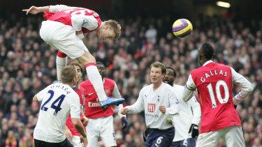 Former Arsenal striker Nicklas Bendtner has dropped his appeal against an assault conviction.