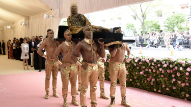 Billy Porter arrives in style to the Met Gala.