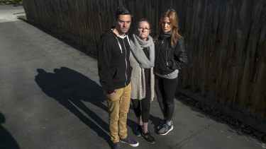 Rien Low, his mother Jenny Low and sister Brooke Lowand.