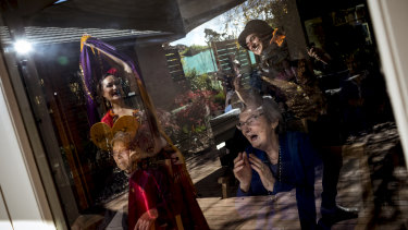 """Lorraine Palmer and other Lifeview residents have enjoyed lockdown """"window shows"""" including belly dancing by Kaylah."""