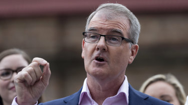 Opposition Leader Michael Daley makes a hospital promise.