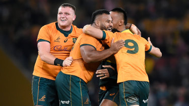 The Wallabies snatched victory after the final siren at Suncorp Stadium.