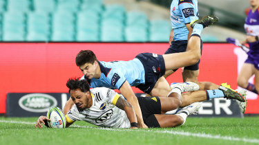 The Hurricanes scored 64 points against the Waratahs.