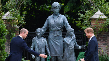 Princes William and Harry unveil Diana statue – to very mixed reviews