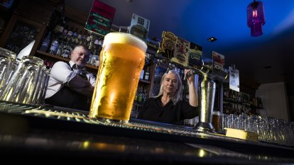 Pubs want tax on draught beer to be slashed to help keep staff