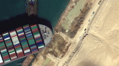 Hopes for blocked Suez Canal hinge on rising tide as Ever Given's rudder is freed