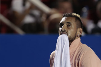 An injured Nick Kyrgios pulled out after the first set in Mexico.