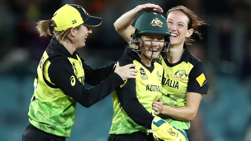 Women's T20 World Cup LIVE updates: Australia take on South Africa at the SCG