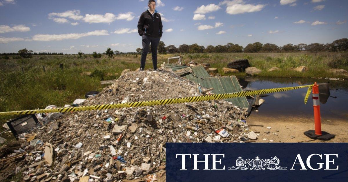 Truckloads of asbestos-ridden soil being dumped across Melbourne