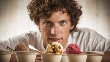 Mitch Wells from Billy van Creamy serves takeaway icecream in compostable cups made out of unbleached plant fibre.