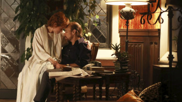 Michelle Williams and Sam Rockwell in Fosse/Verdon.