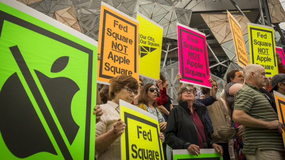 Last-ditch heritage bid launched to keep Apple out of Fed Square