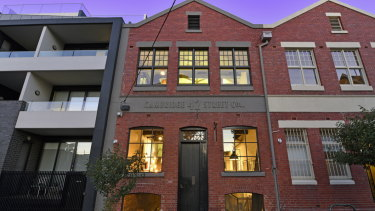Aconverted warehouse at 42 Cambridge Street in Collingwood has sold.