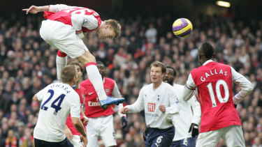 Former Arsenal striker Nicklas Bendtner has dropped his appeal against an assault conviction.
