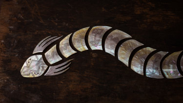 Aalingoon (Rainbow Serpent). Photo from the Desert River Sea exhibition.