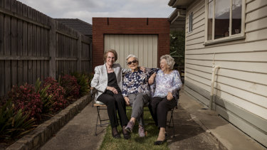 Dorothy Collins, Margaret Lane and Tess Sievers at Mrs Lane's Melbourne home in Niddrie.
