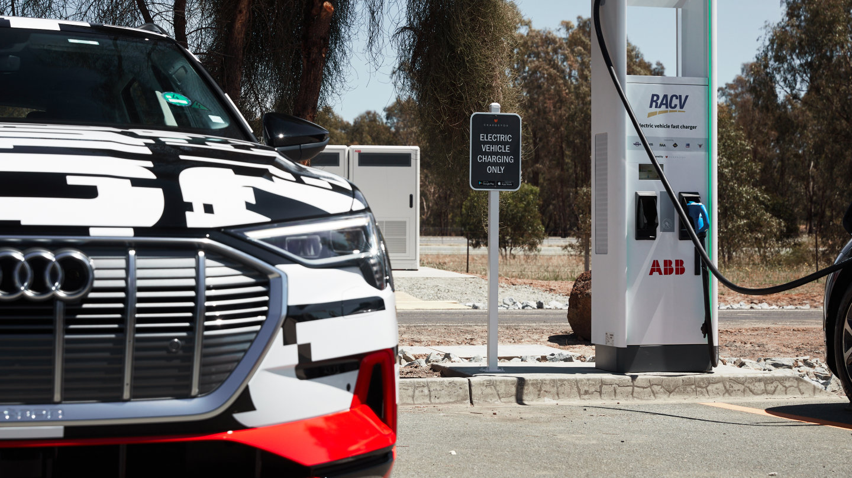 Hyundai Electric Cars - 1800 kilometres in an electric ...