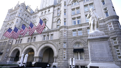 Trump hotel lost millions despite foreign payments, House panel says