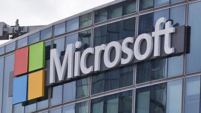 Pentagon hands Microsoft $14.66 billion 'war cloud' deal, snubs Amazon
