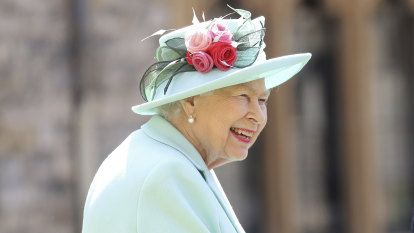 Australian MPs should serve the people, not the Queen