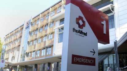 One hundred hospital staff at The Alfred sent home for isolation