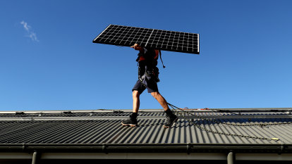Solar power tax to boost energy grid gains backing of consumer advocate