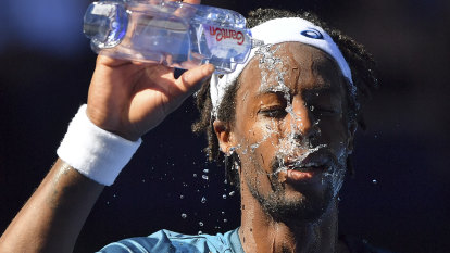 'They have to adapt': top scientist says Australian Open should consider moving