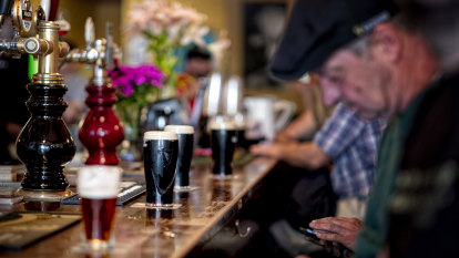 Cafes, pubs and gyms to help drive economy back