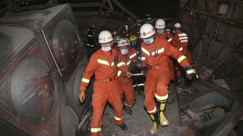 Coronavirus quarantine hotel in China collapses, trapping dozens